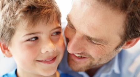 חיזוק חיובי לילדים ובניית ביטחון עצמי